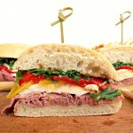 roast beef sandwich, roast beef and mozzarella sandwich, sandwich recipe with roast beef, roast beef, mozzarella sandwich, roasted red pepper and mozzarella, sandwich recipe, easy sandwich recipe, sandwich recipe with mozzarella, ciabatta bread, ciabatta bread sandwiches, summer sandwiches recipes