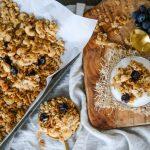 granola recipe, easy granola recipe, granola recipe with cashews, cashew granola, almond granola, granola recipe with almonds, coconut granola, granola recipe with coconut, granola with dried cherries, healthy granola, healthy homemade granola