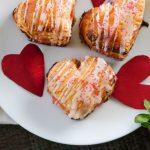how to make a homemade pop tart, homemade pop tart with puff pastry, puff pastry pop tart, valentines day breakfast, breakfast recipe for valentines day, easy valentines day breakfast recipe, valentines day baking, puff pastry breakfast recipes, homemade strawberry jelly, homemade strawberry jam,