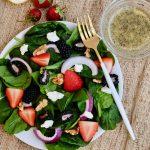 lemon poppyseed, how to make lemon poppyseed dressing, easy lemon poppyseed dressing recipe, lemon poppyseed vinaigrette, spring salad, spring salad recipes, easy spring salad recipes, spring salad ideas, spinach salad, spinach salad recipe, spinach salad ideas, spinach and berry salad, berry salad, salad recipes with berries, strawberry salad recipe, blackberry salad recipe