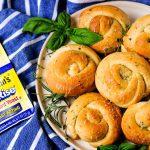 dinner rolls, homemade dinner rolls, easy dinner rolls recipe, how to make homemade d